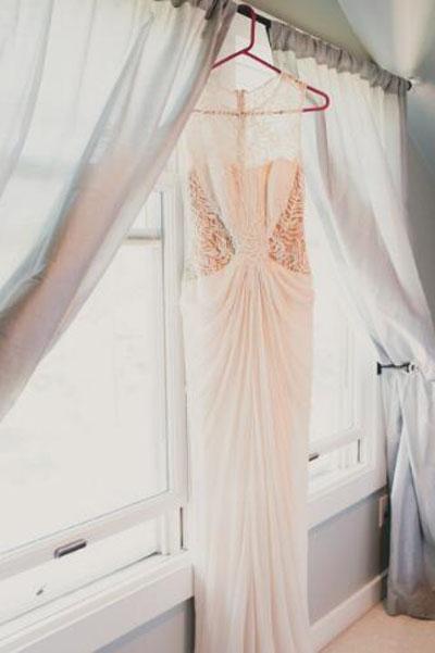 拍婚纱照穿什么颜色的内衣好 什么款式的内衣好