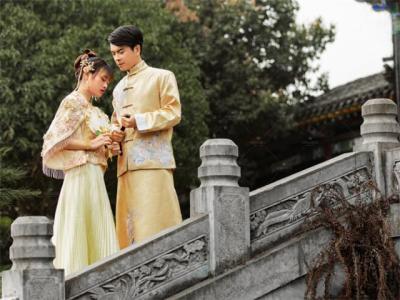 结婚当天要穿红色内衣吗 怎么挑选新娘内衣