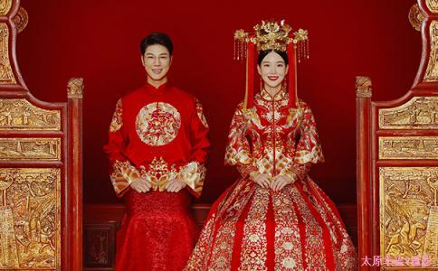 结婚穿的衣服可以提前洗吗 结婚当天穿什么颜色的内衣