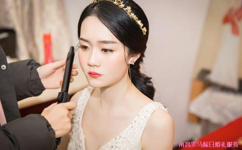 新娘化妆一般多少钱 上门化妆多少钱